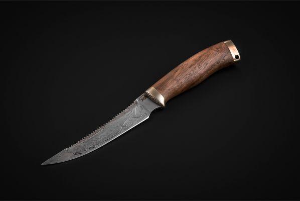 Нож Рыбак <span>(дамаск, орех, литье мельхиор, художественное оформление)</span>