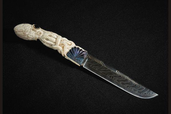 Нож Осьминог (торцевой дамаск, резная рукоять ручной работы)