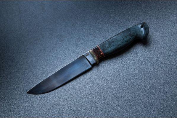 Нож Лиса (м390, больстер латунь, вставка кориан, стабилизированная карельская береза, резная рукоять)