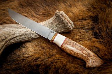 Нож Анчар <span><span>(сталь s290, спуски от обуха, стабилизированная карельская береза, вставка клык моржа)</span></span>