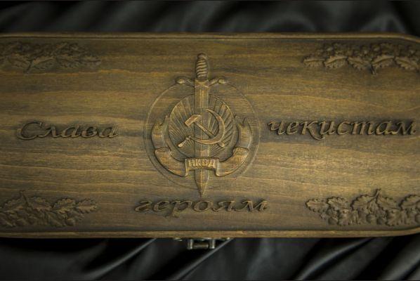 Шкатулка №3 массив бука <span>(НКВД)</span>