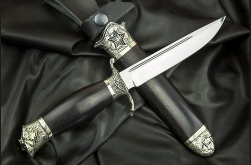 Авторская финка НКВД <span>(95х18, авторское литье, граб, деревянные ножны)</span>