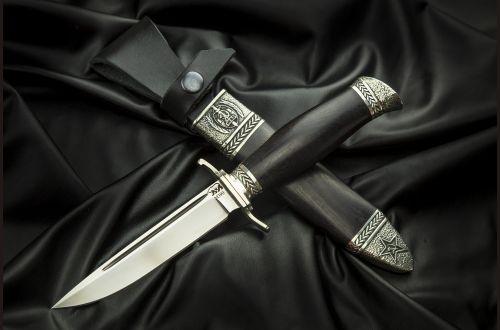 Финка НКВД разборная <span>(сталь М390, стабилизированный черный граб, литье мельхиор, деревянные ножны)</span>