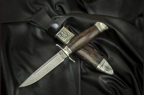 Реплика Финка НКВД <span>(дамаск 1200 слоёв, венге, литьё мельхиор, деревянные ножны)</span>