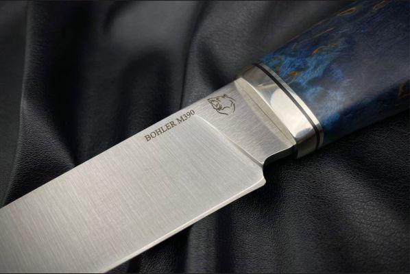 Нож Барс <span>(М390, спуски от обуха, стабилизированная карельская берёза, мозаичный пин под темляк)</span>